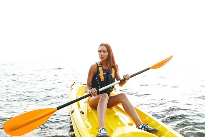 How to Pick a Kayak Paddle
