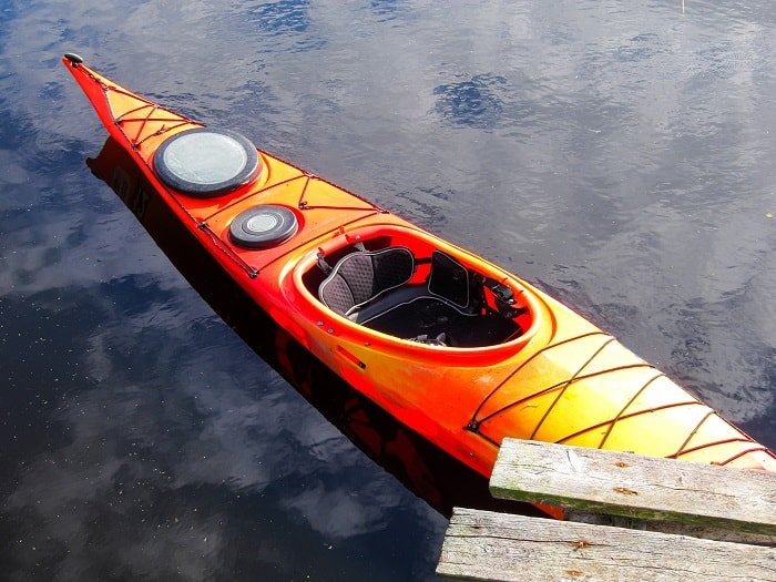 How to make a Kayak Track Better